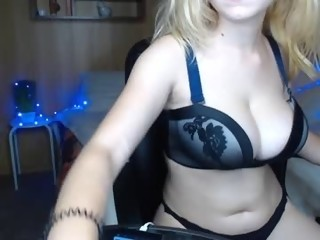 Sex Cam little__kitty1 is 18 years old. Speaks English. Lives in Republik of love