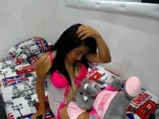 big boobs Sex Cam fridarose is 19 years old. Speaks english, spanish. Lives in pereira