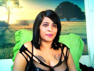 big boobs Sex Cam indiancatz is 43 years old. Speaks english, . Lives in
