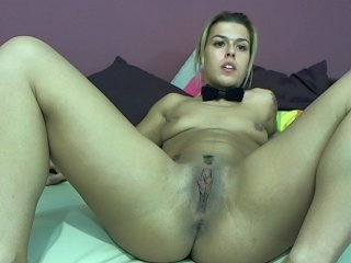 white Sex Cam mayaboby1 is 21 years old. Speaks english, hungarian. Lives in