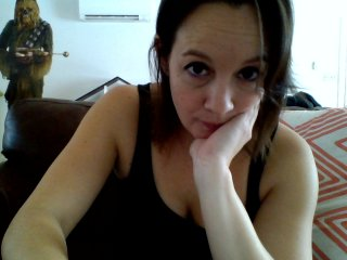 white Sex Cam momsaresexy28 is 28 years old. Speaks english, . Lives in