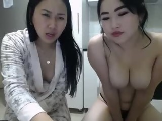 cumshow Sex Cam madeinmother_lii is 19 years old. Speaks German,english. Lives in innnnnnn your heart