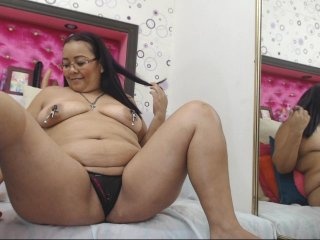 spanish Sex Cam claritzahot is 36 years old. Speaks english, spanish. Lives in
