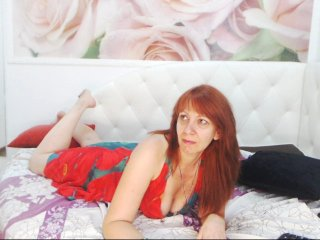 redhead Sex Cam redmichelle is 35 years old. Speaks english, . Lives in