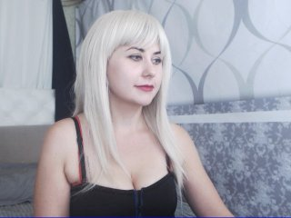 white Sex Cam viviennefanta is 22 years old. Speaks english, . Lives in minsk
