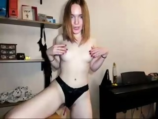 hairy Sex Cam augustina_tinana is 19 years old. Speaks German, english, russian. Lives in My room