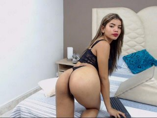 shaved Sex Cam marianajeys is 18 years old. Speaks english, spanish. Lives in