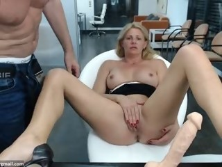 horny Sex Cam lucycums is 38 years old. Speaks english. Lives in Cum City