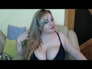 white Sex Cam puffy28 is 28 years old. Speaks english, . Lives in