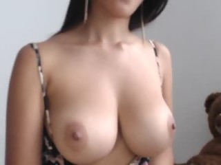 sophi_sex is 24 years old. Speaks Spanish ¬ English. Lives in The Moon © Medellin-Colombia