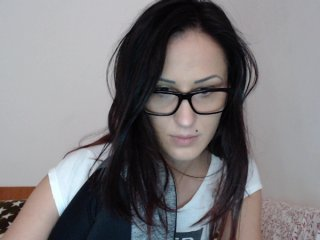 shaved Sex Cam bellammy11 is 23 years old. Speaks english, french. Lives in london