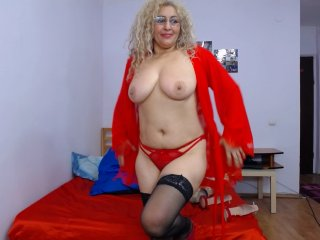 shaved Sex Cam ladydy4u is 50 years old. Speaks english, . Lives in