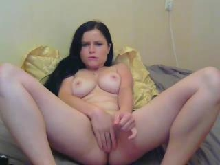 twosincs webcam sex video - Pretty sweetie is seriously attracted to game with own pussy
