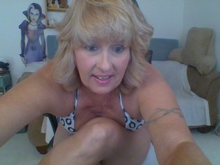 blonde lustyheather is 54 years old. Speaks english, . Lives in california