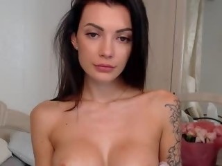 dreamana is 22 years old. Speaks english , russian. Lives in Jupiter