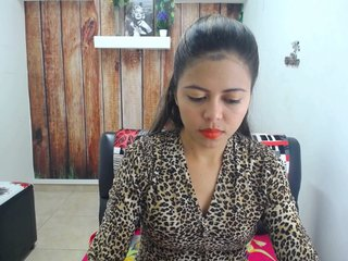 Sex Cam bianca-torres is 21 years old. Speaks english, spanish. Lives in medellin